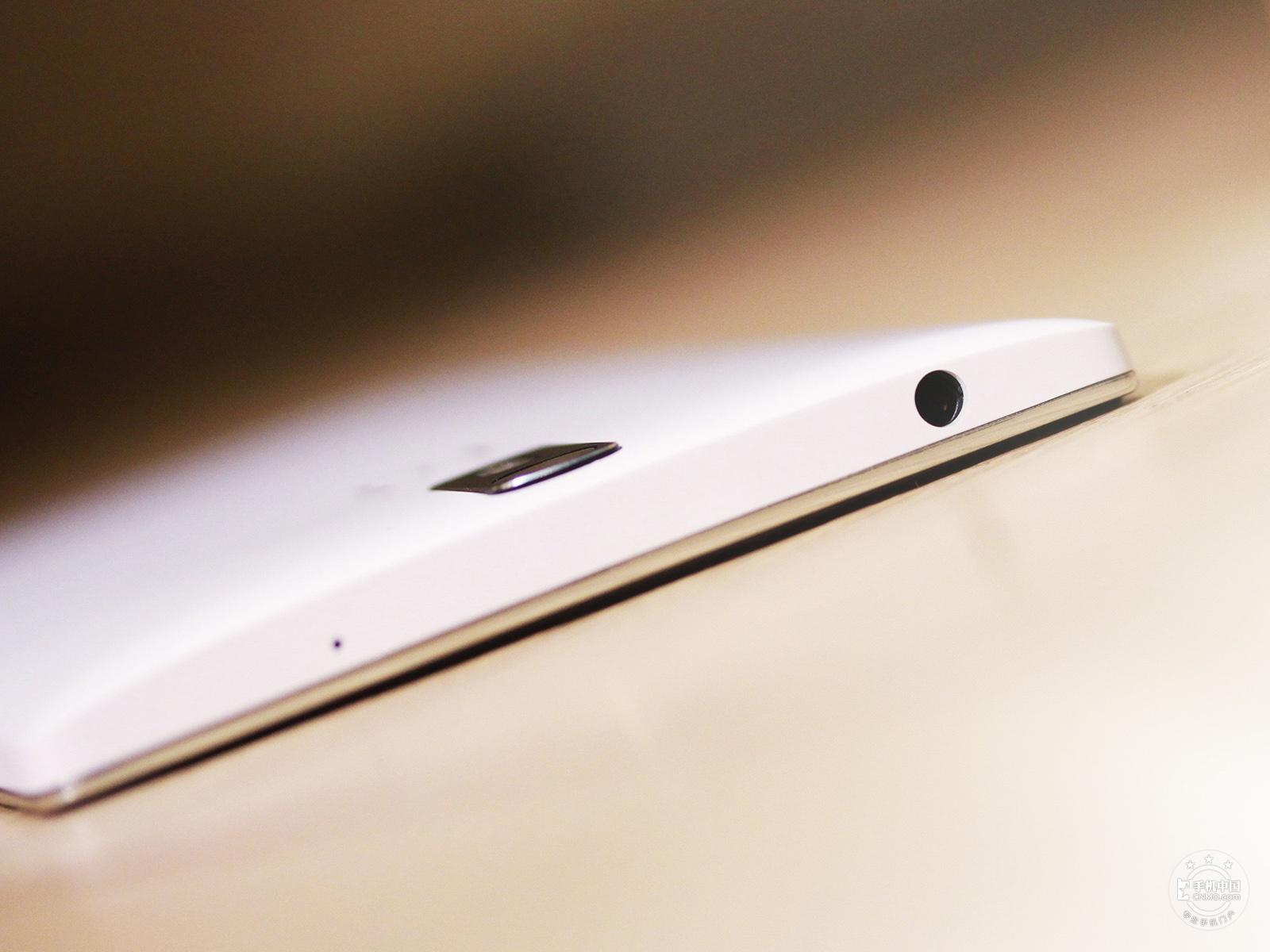 一加手机(16GB/移动版)机身细节第2张