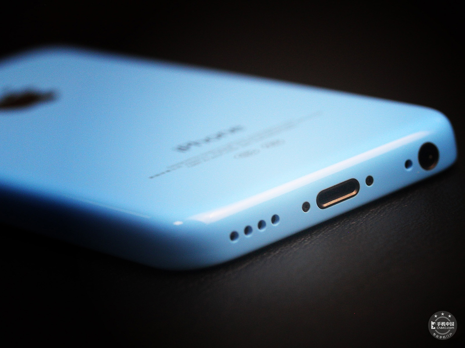 苹果iPhone5c(8GB)机身细节第5张