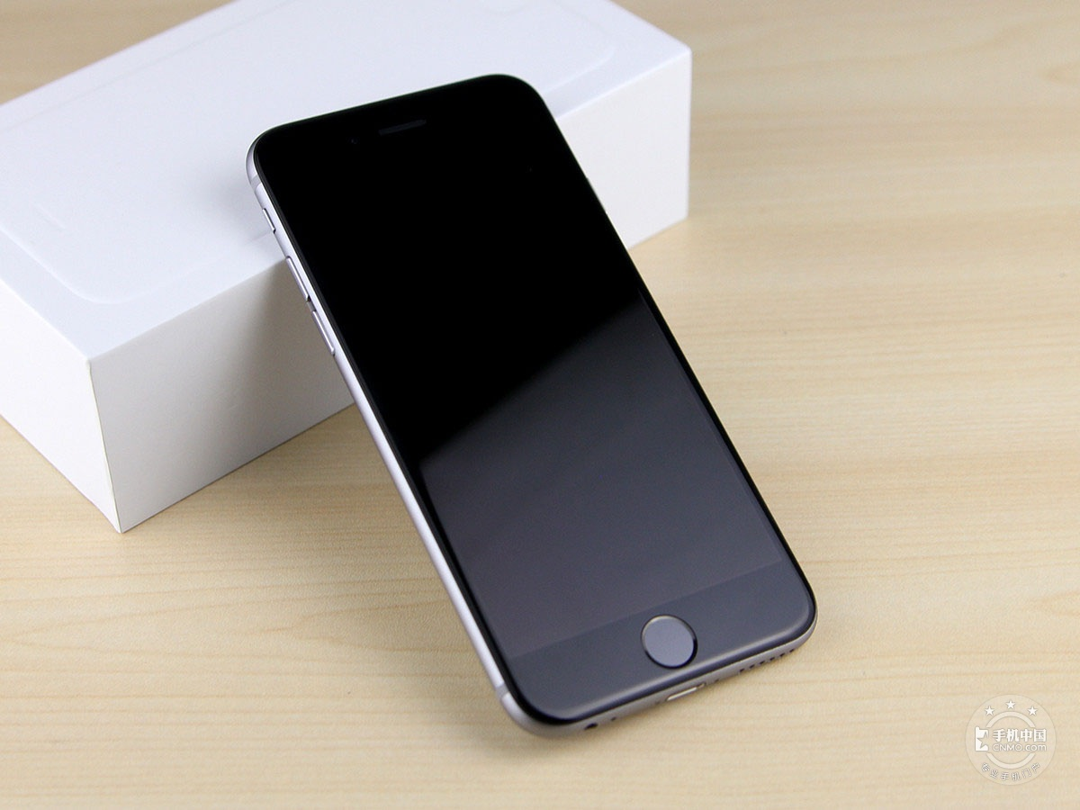 苹果iPhone6(64GB)整体外观第4张