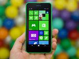 诺基亚Lumia 635整体外观第1张图