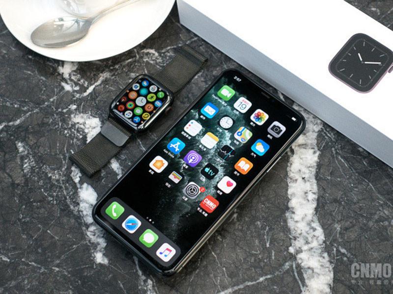 苹果iPhone11ProMax(512GB)整体外观第1张