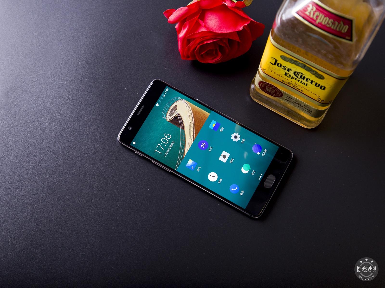 一加手机3T(64GB)整体外观第3张