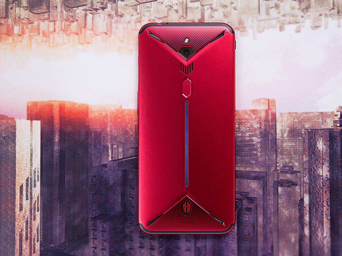 努比亚红魔3电竞手机(8+128GB)整体外观第6张