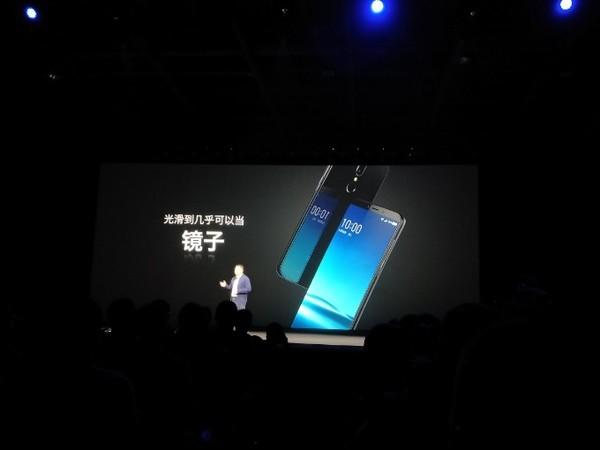 360手机发布会将于今天下午在北京举行,对于此次发布会各位小伙伴有什么样的期待呢?先来欣赏一波360手机全新旗舰360手机N6 Pro的宣传语吧,从中或许能窥探不少端倪!做不到,才说不完美;没底气,只因不努力。但我们不一样,360手机全新旗舰360手机N6 Pro让全面,显而易见。全面只是俗艳的广告语,养眼才是真爱的号码牌。让好看,显而易见。数量只是吸晴的通行证,画质才是相机的导航星。让好拍,显而易见。优化只是骨感的抱佛脚,管饱才是续航的靶向药。让耐用,显而易见。够用只是自欺的麻